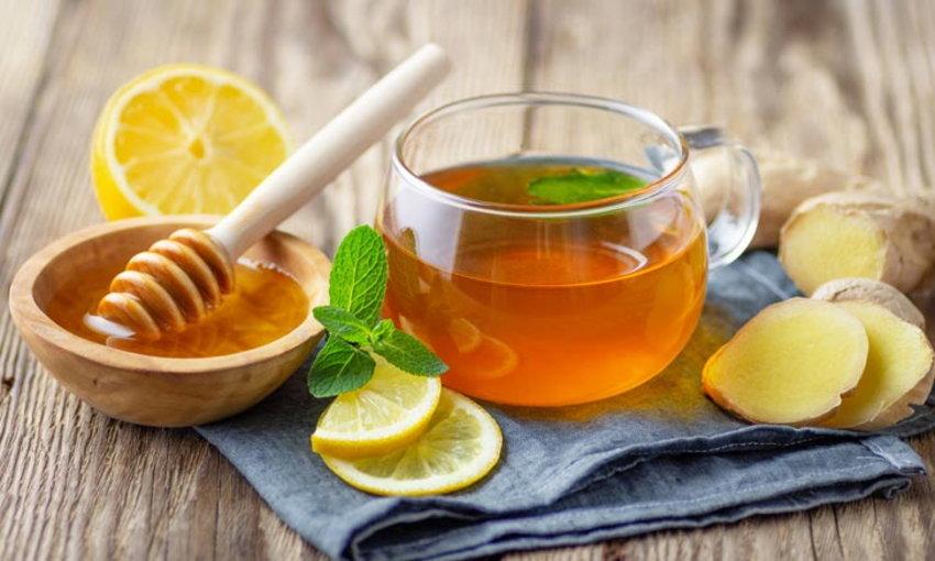 ข้อดี 5 อันดับแรกของการรวมน้ำผึ้งเข้ากับแผนอาหารของคุณ